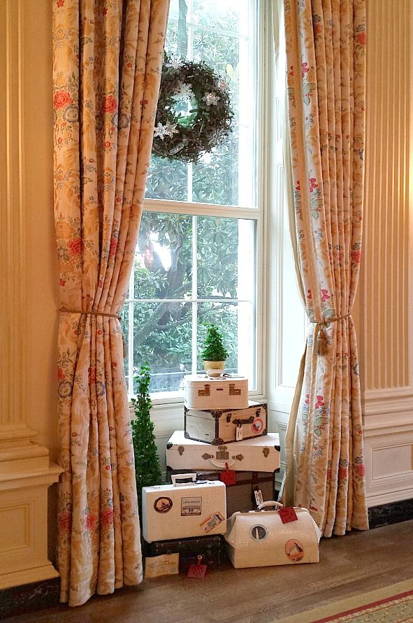 Holiday decorations inside The White House. Bucket list tick!