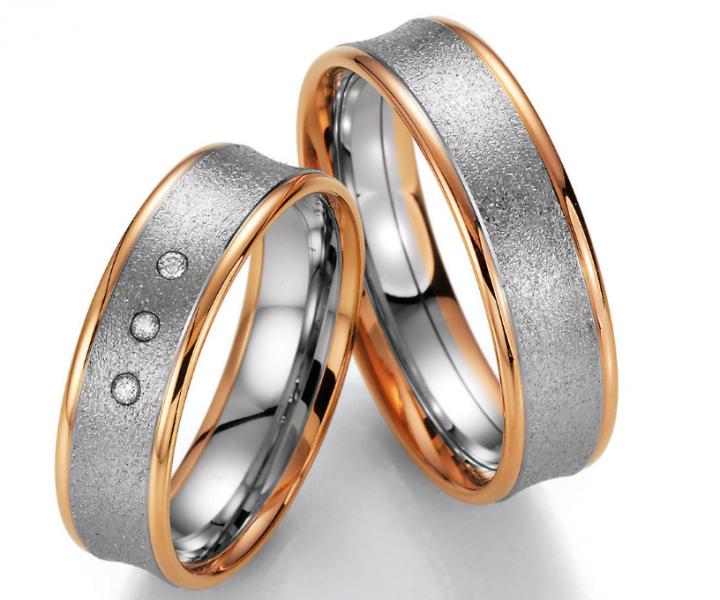 Rosegold Weißgold Hochzeitsringe Wunderschöne Eheringe aus Rosegold und Weißgold aus der Collection Ruesch by Verlobungsring.de #rose #beautiful #wedding