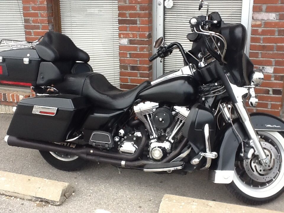 2007 Harley Davidson Electra Glide Ultra, This was one of my favorites, Hot Rod Matte Black, Ape bars, White Wall