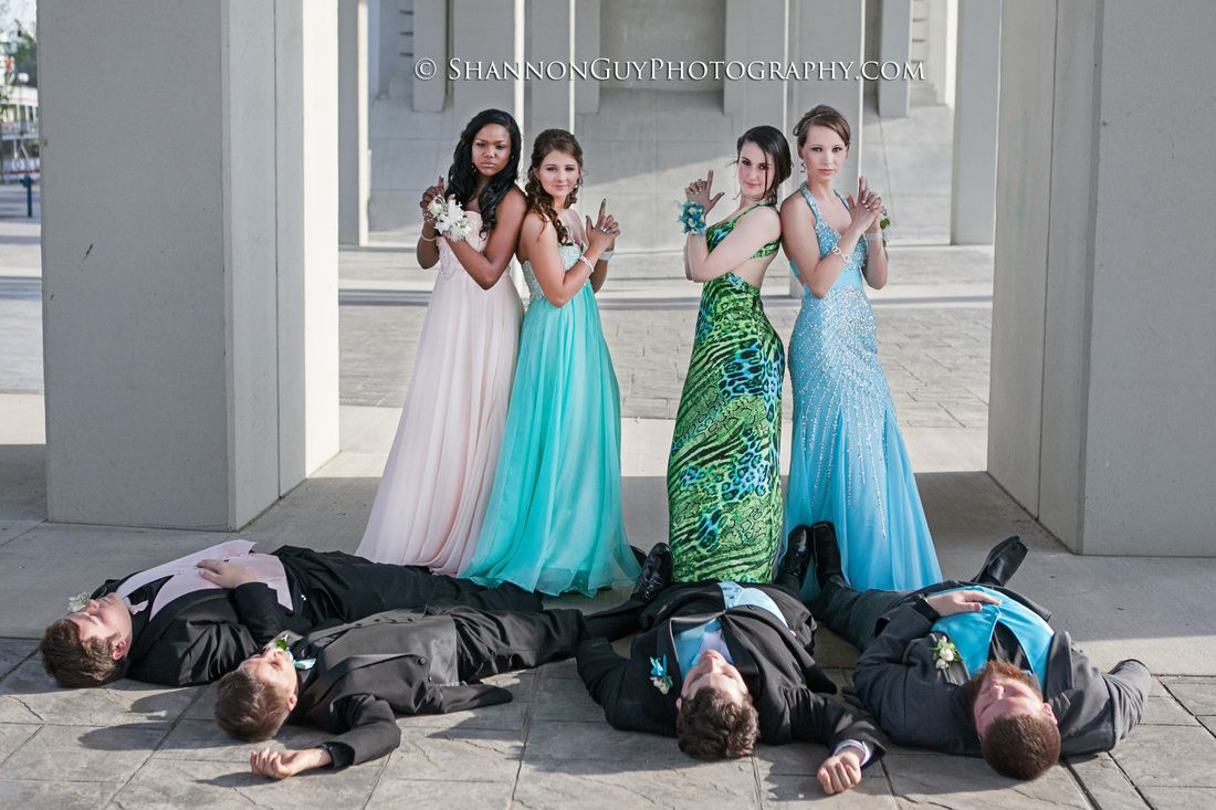 Prom group photo - fun prom ideas - dead guys - charlies angels ...