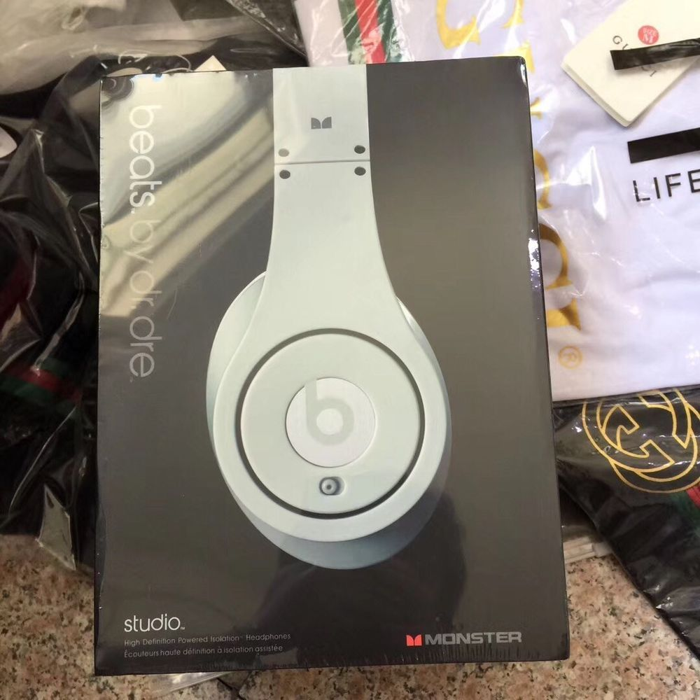 ad beats studio 3 wireless http   rover.ebay.com  5dd3b6598469b