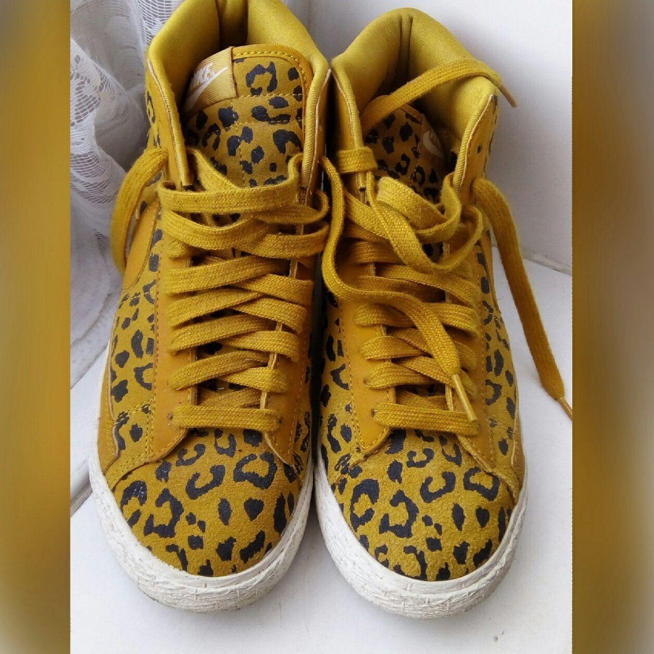 NIKE BLAZERS • Leopard print Nike Blazers • US women's