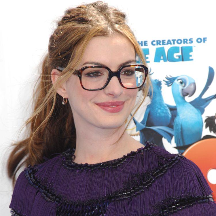 Anne Hathaway Eye Color: Anne Hathaway Blonde - Google Search