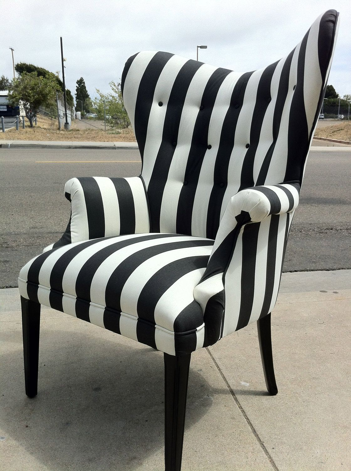 Gorgeous black and white striped chair. - These Would Be Really Cute In The Waiting Area With Some Hot Pink