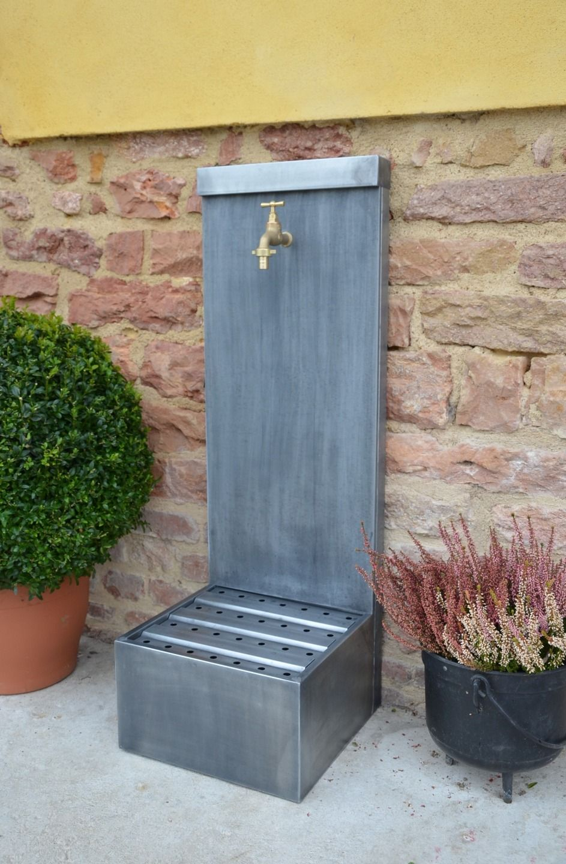 Fontaine de jardin zinc ARUM Misterzinc