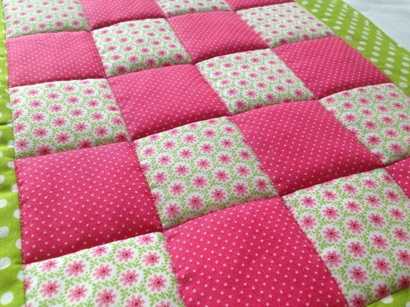 krabbeldecke babydecke patchworkdecke von pupili s welt auf sch ne ideen. Black Bedroom Furniture Sets. Home Design Ideas