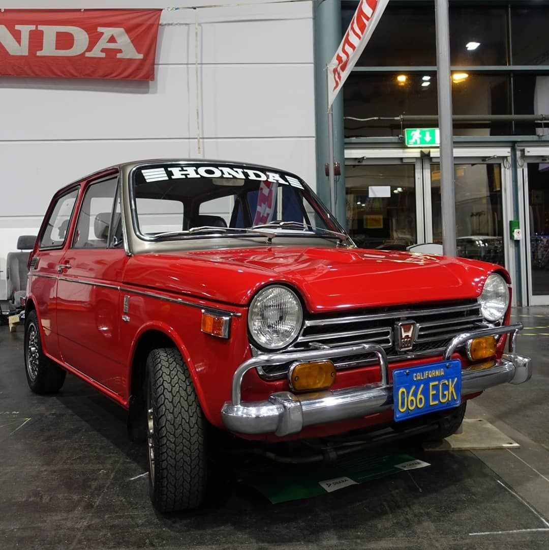 [Ad/Werbung] A cute 1971 Honda N600 at the #BremenClassicMotorshow.  #HondaN600 #honda #N600 #keicar #kcar #classichonda #hondaclassic #vintagehonda #japanesecars #japaneseclassic #japaneseclassiccar #classiccar #classiccars #smallcar #hatchback #cutecar #carstagram #carsofinstagram #classiccarspotting #oldtimer #vintagecar #automugshots #trb_autozone #loves_vehicles #soulcarcollective #photooftheday #teilixhonda