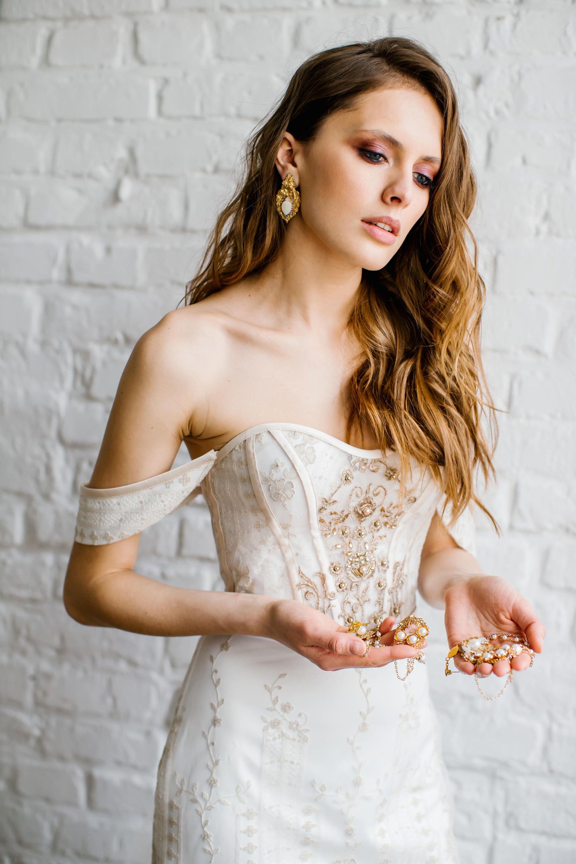Oprah wedding dresses  golden french lace wedding dress  wedding dress inspo  Pinterest