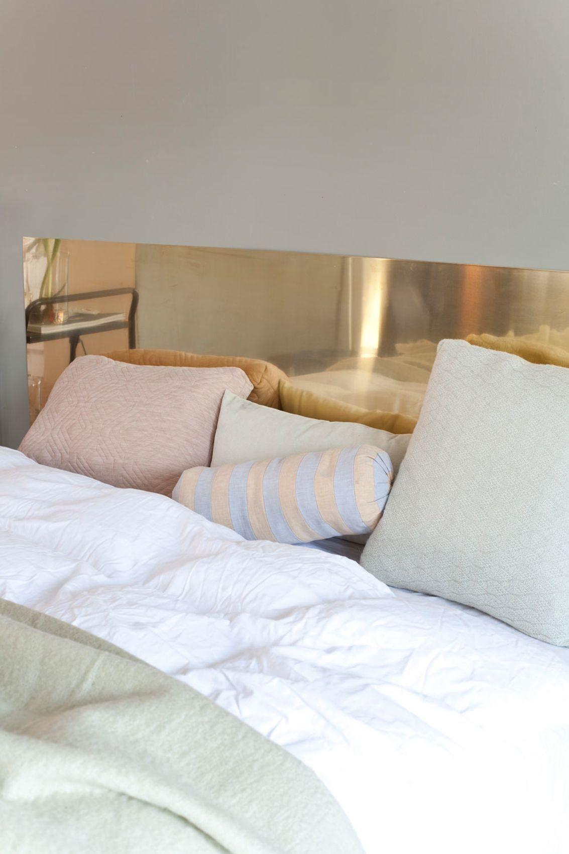 Lag din egen sengegavl! Messingplate fra Astrup, puter og pledd fra ...