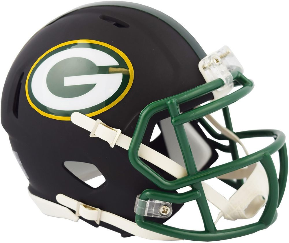 Applied Icon Nfl Green Bay Packers Outdoor Helmet Graphic Large Nfoh1203 The Home Depot Green Bay Packers Helmet Green Bay Packers Team Green Bay Packers