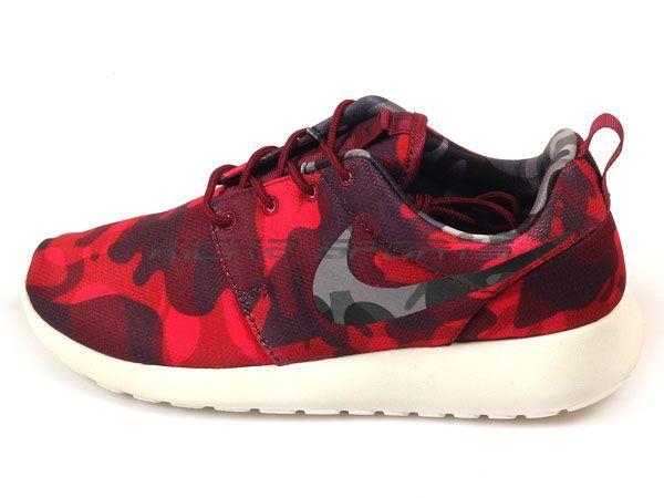 af29d148eea3 Nike Wmns Roshe One Print Camo Deep Garnet Black-Gym Red Running ...