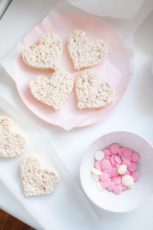 Chocolate-Dipped Valentine's Day Rice Krispie Treats ...