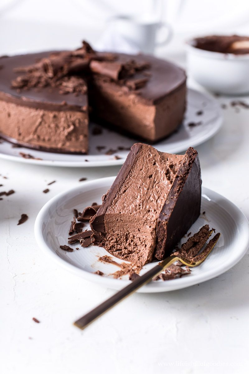 Chocolate Cheesecake ohne Backen - eine unverschämte Schokobombe! - Life Is Full Of Goodies