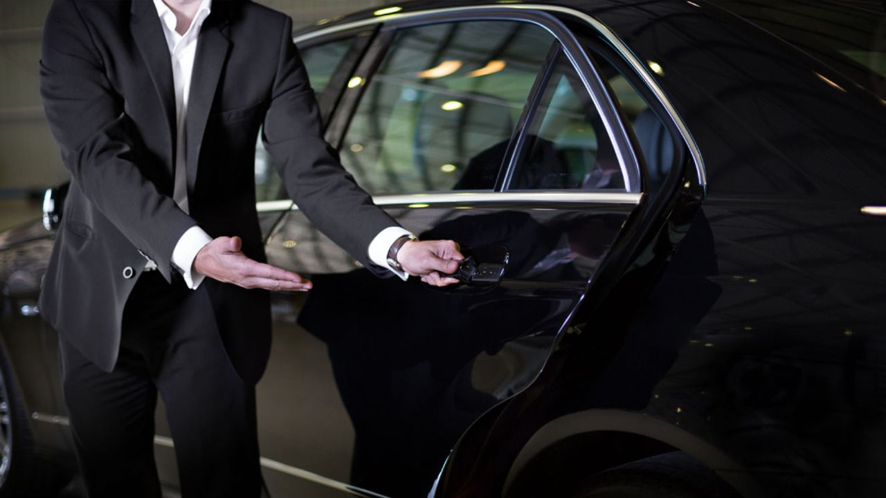 Hire Chauffeur Service For Different Events Of Life Chauffeur Service Airport Car Service Chauffeur