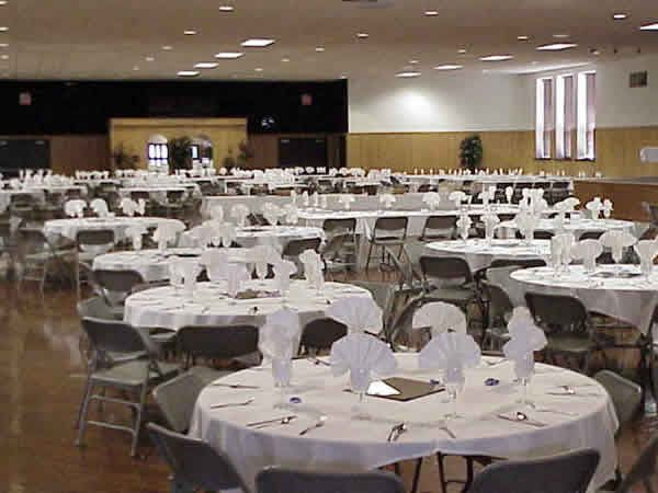 Welcome To The Mississippi Valley Fairgrounds Party Table Table Decorations Banquet Hall
