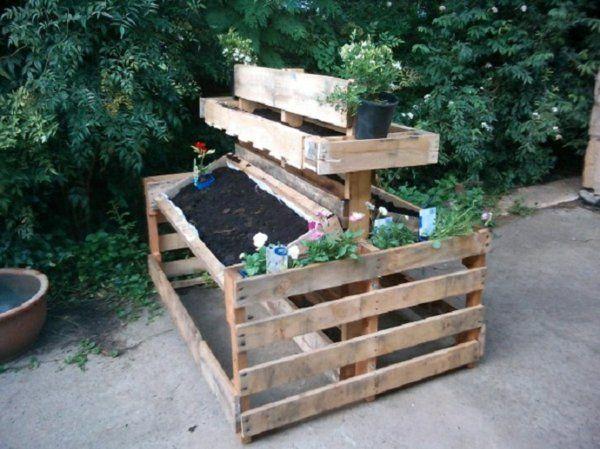 Europaletten im Garten verwenden ständer Garten Pinterest - gartenmobel paletten bauanleitung