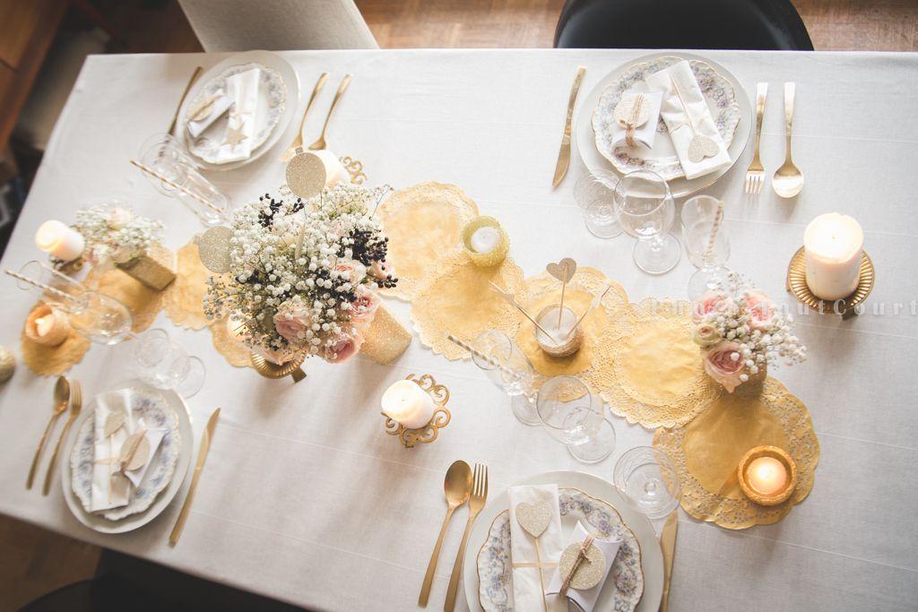 Deco table noel blanc et or deco noel maison - Deco table noel argent et blanc ...