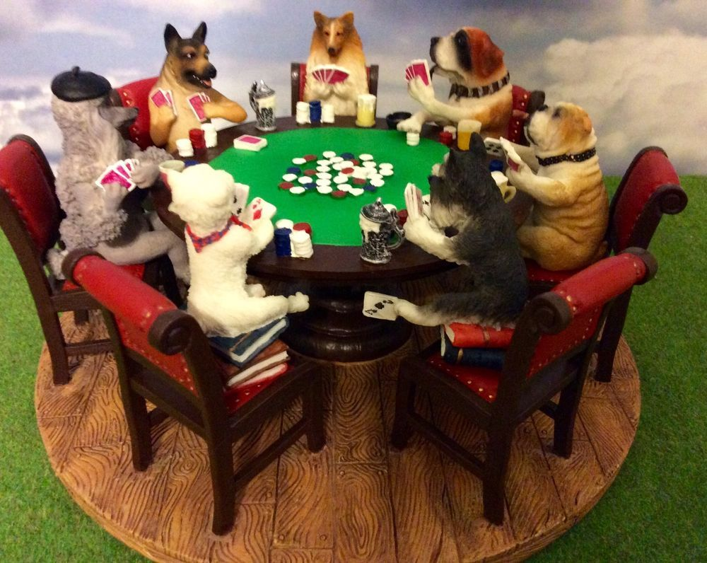The Poker Playing Dogs A FRIENDLY GAME 2005 by Sport Design Inc. NIB Ceramic Fig