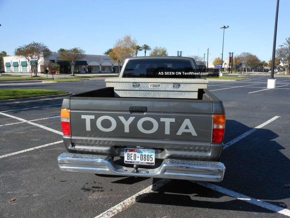 1989 Toyota Truck Fuse Box Diagram And Toyota X Pickup Fuse Box Diagram Schematics Online In 2020 Toyota Trucks Fuse Box Toyota