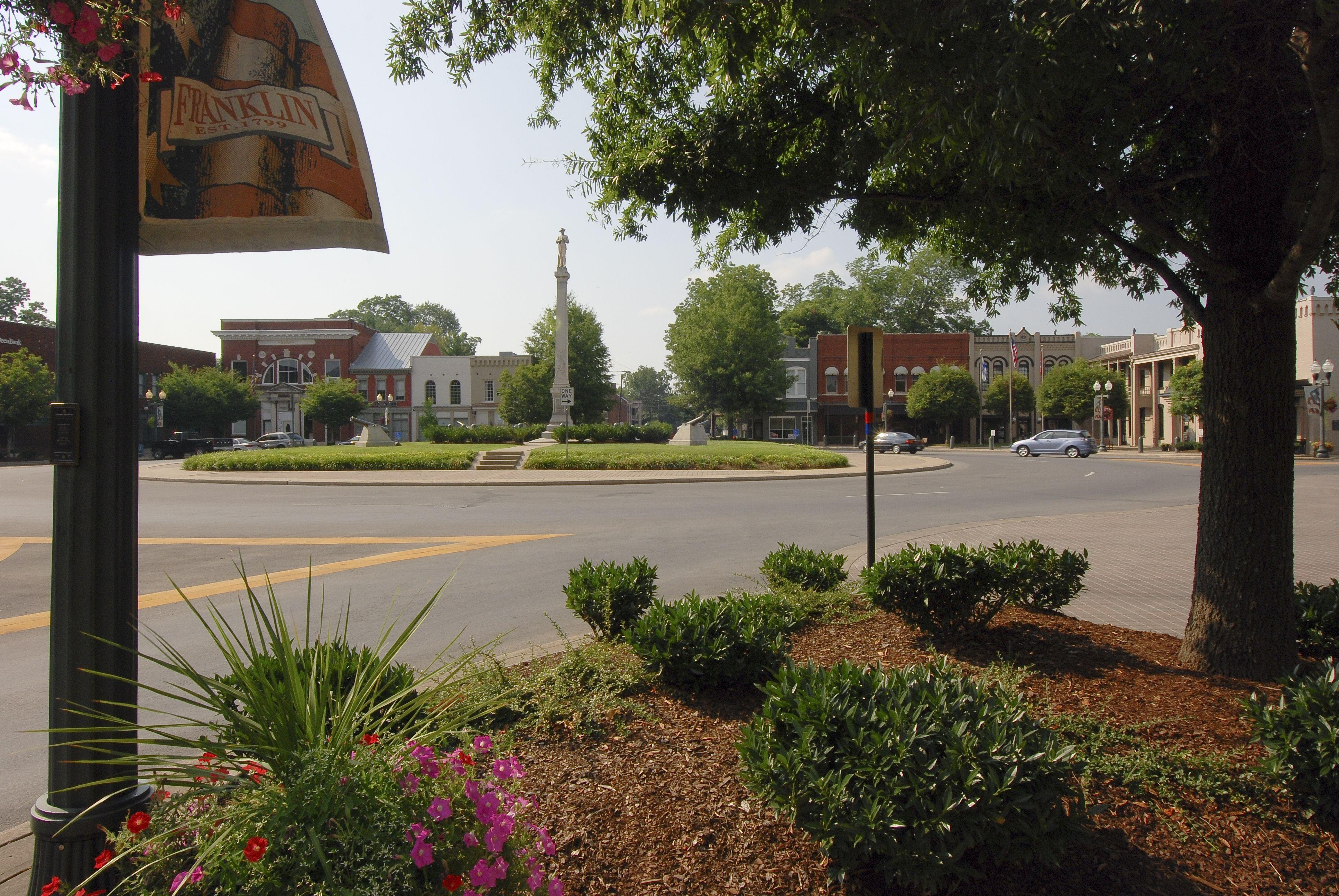 Franklin, TN Square Living in nashville, Williamson