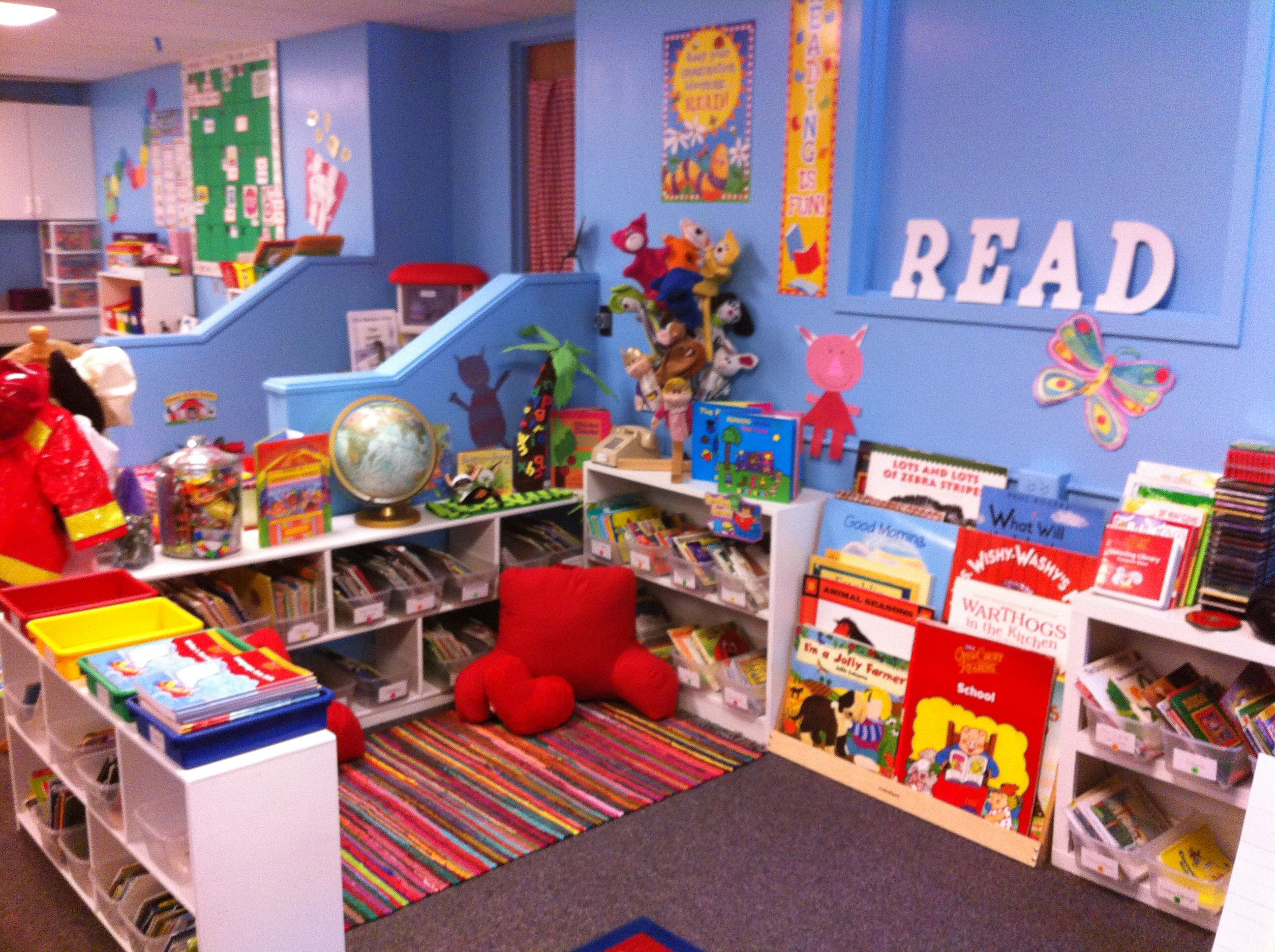 Wall colors for preschool rooms - Dreamy Kindergarten Classroom Library I Love The Blue Wall Color