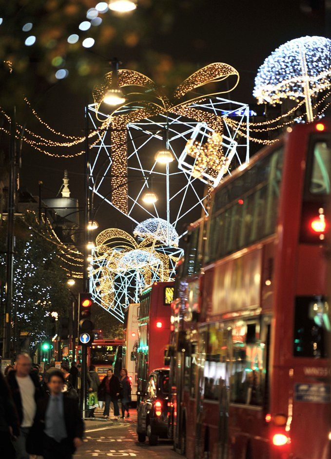 Oxford Street Christmas Lights On From 6th Nov To Jan 6th 2017 London Christmas Days Out In London English Christmas