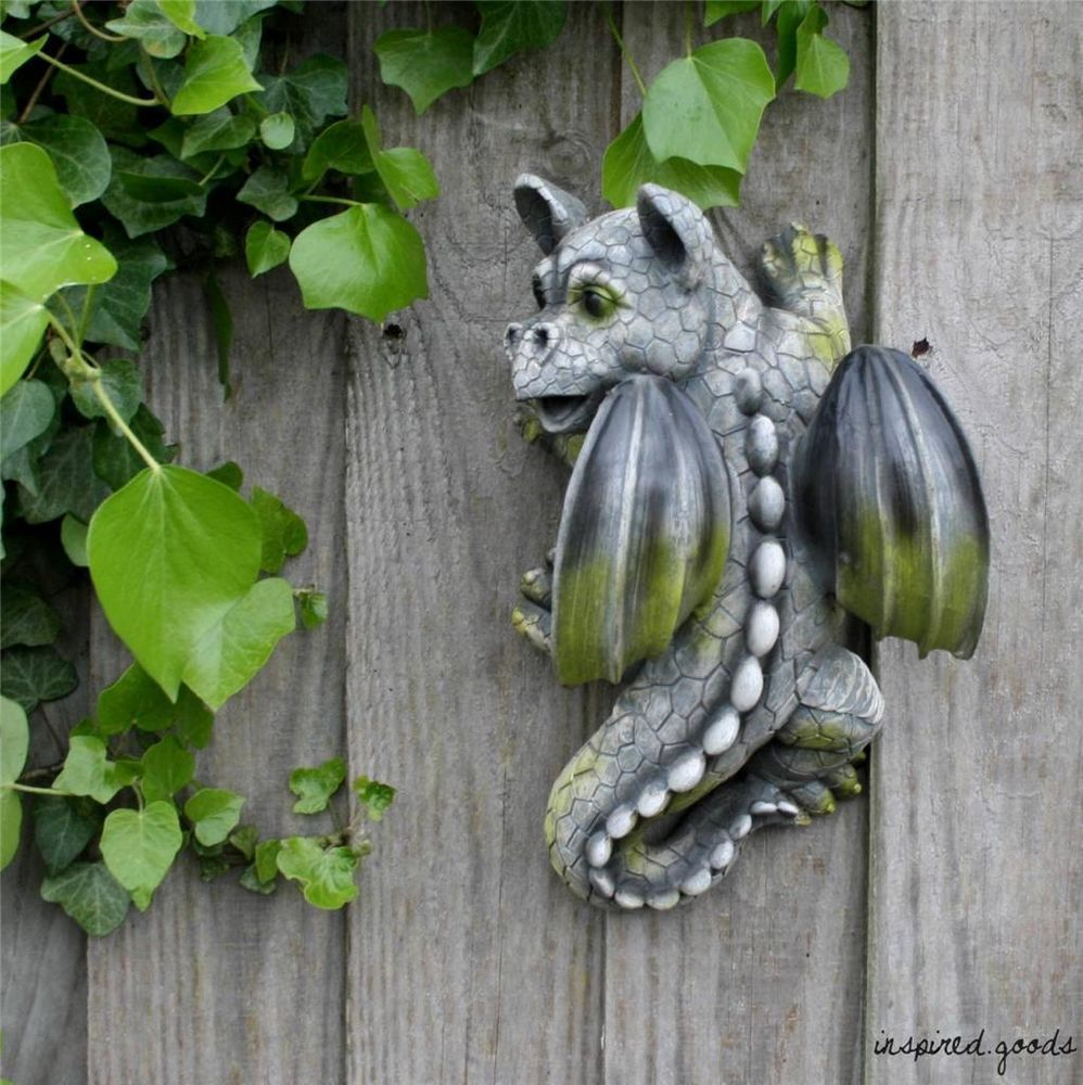 Stone Effect Climbing Dragon Ornament Fence Wall Art Garden Cute Gargoyle  Statue