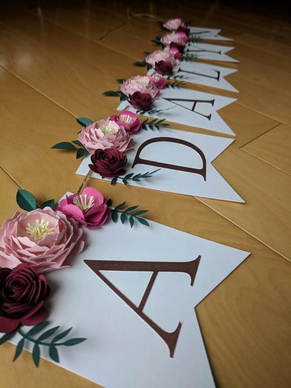 Personalized floral name banner with 3D paper flowers and rose gold lettering, Shabby chic baby and bridal shower decoration #paperflowers