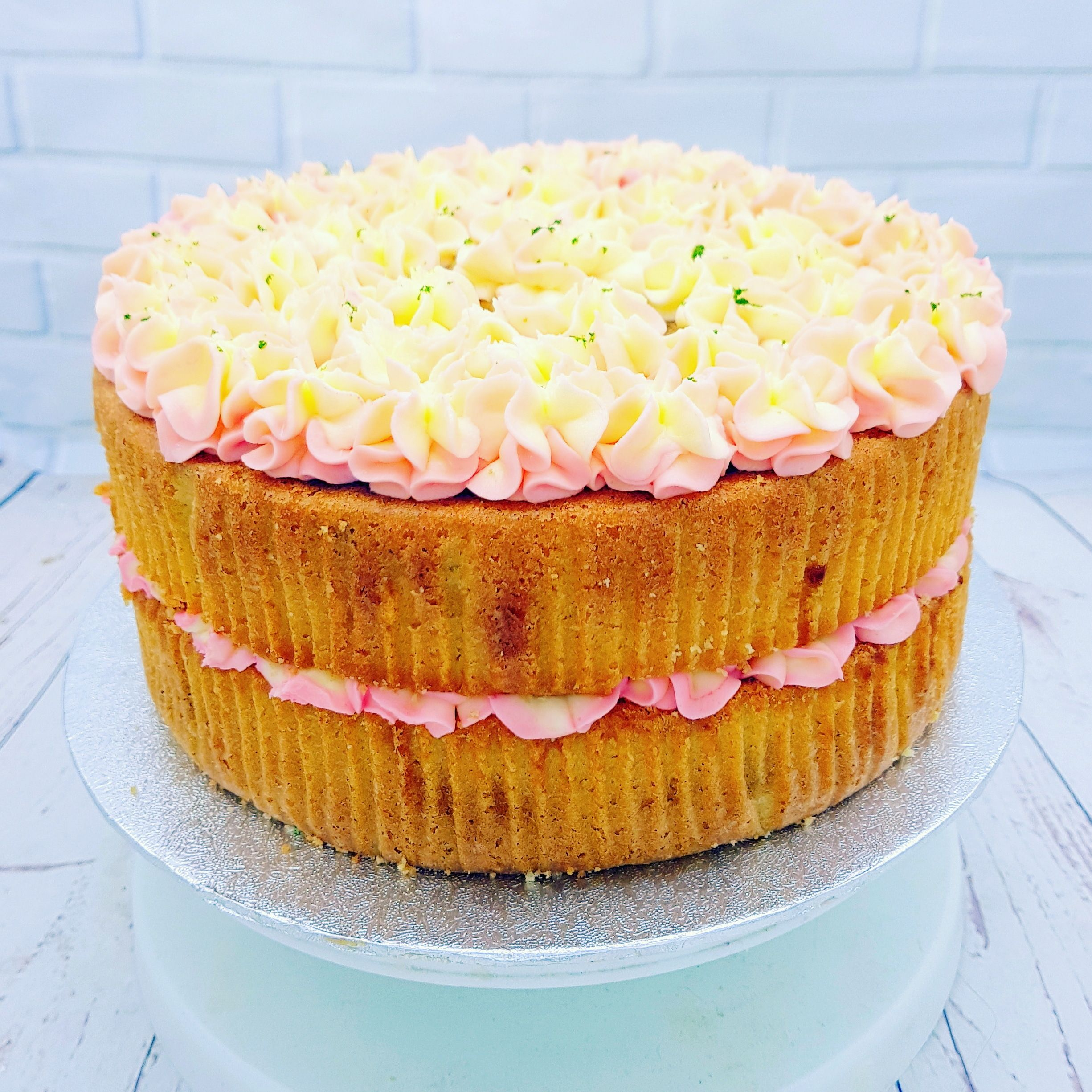 One strawberry daiquiri cake this has freshly squeezed