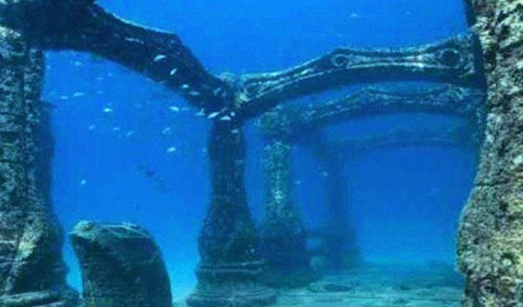 Real underwater world Eerie 10 Incredible Real Underwater Cities And Ruins Around The World Including Japan And Italy Larastock 10 Incredible Real Underwater Cities And Ruins Around The World