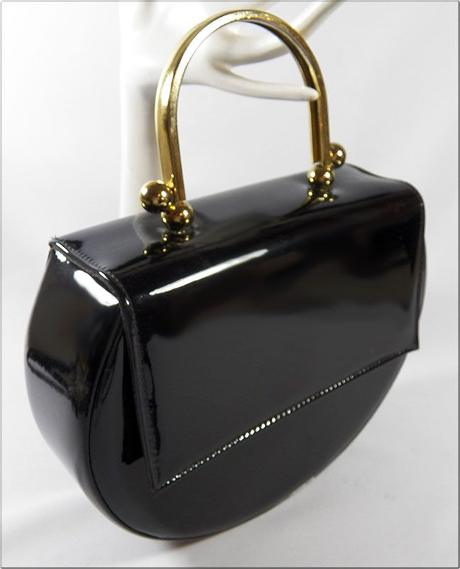 phenomenal 60 s 70 s vintage black patent purse by