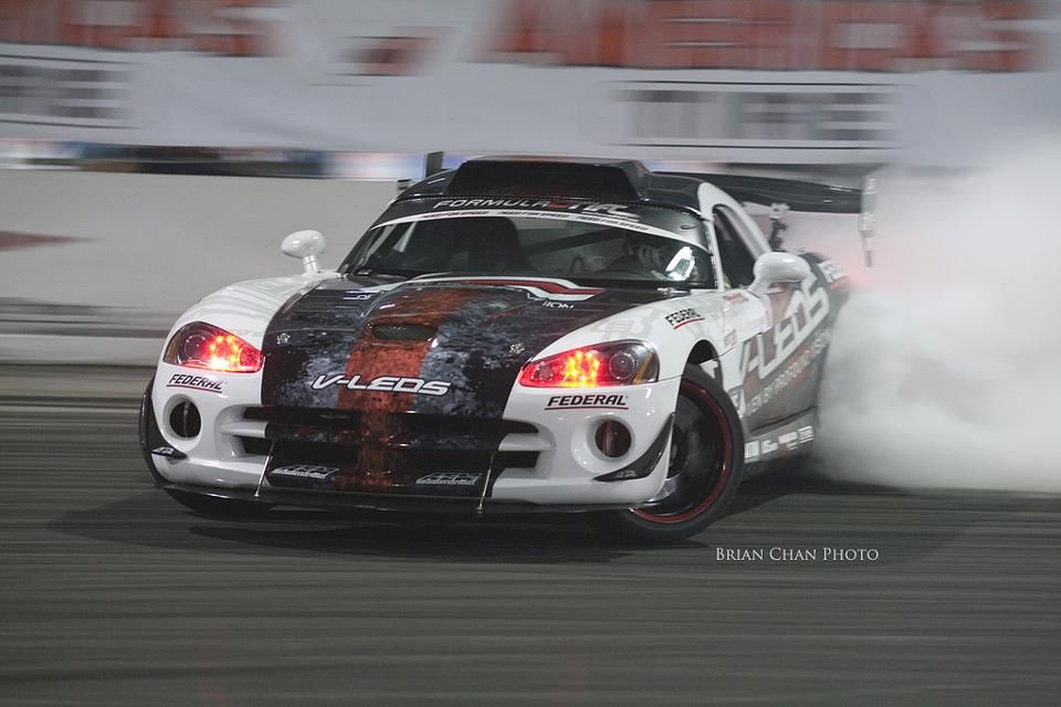 Pin By Adam Taschereau On Drifting Dodge Viper Drift Cars Drifting Cars