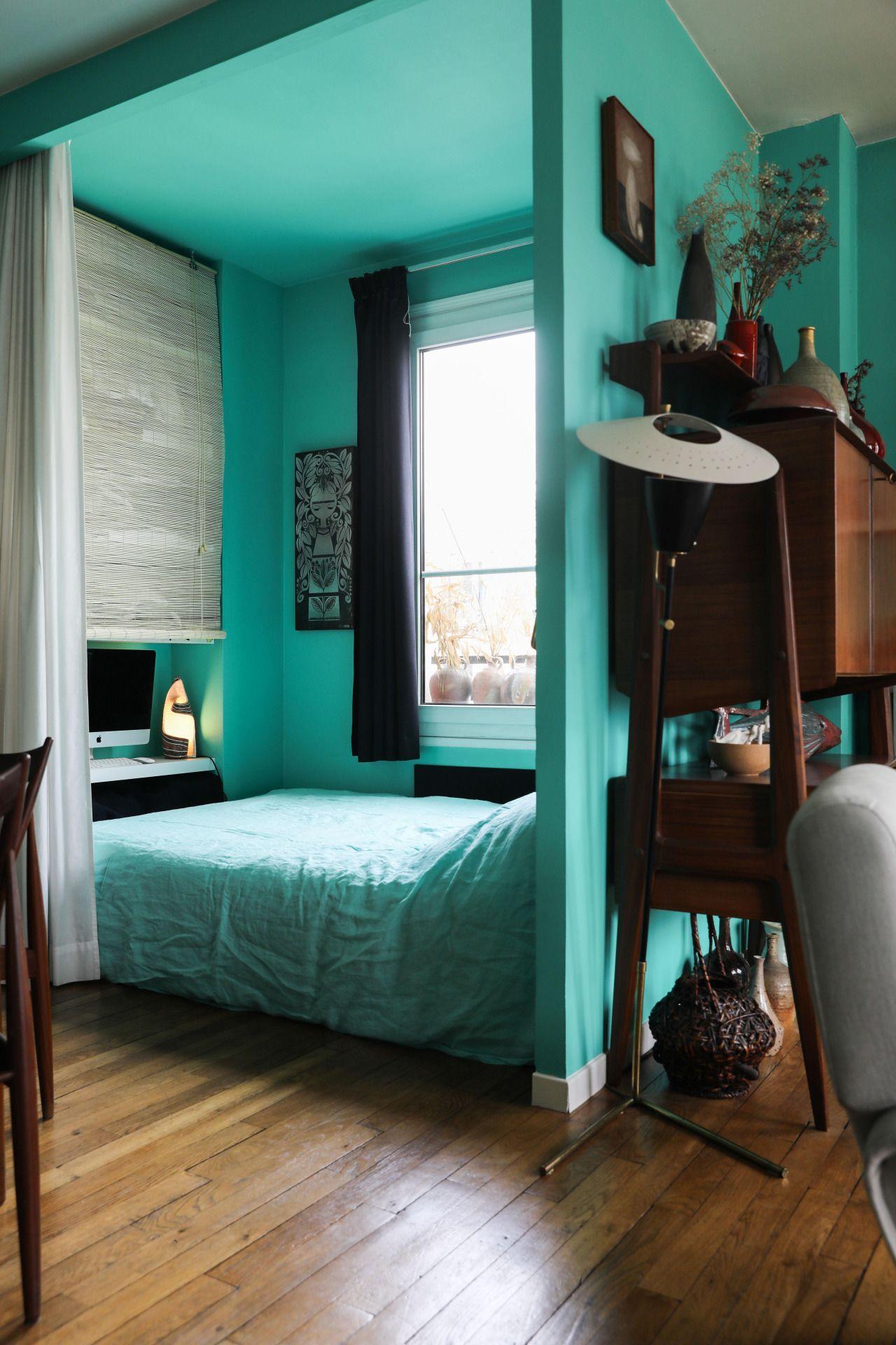 Turquoise floor bedroom designs