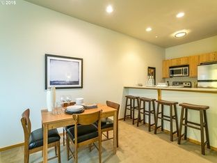 1125 NW 9th Ave APT 320, Portland, OR 97209 | Zillow