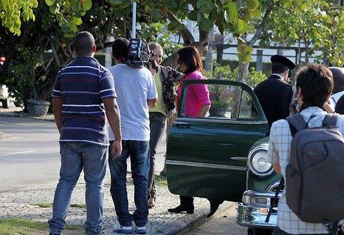 Angelica no Estrelas : Angelica e Malu saindo do carro