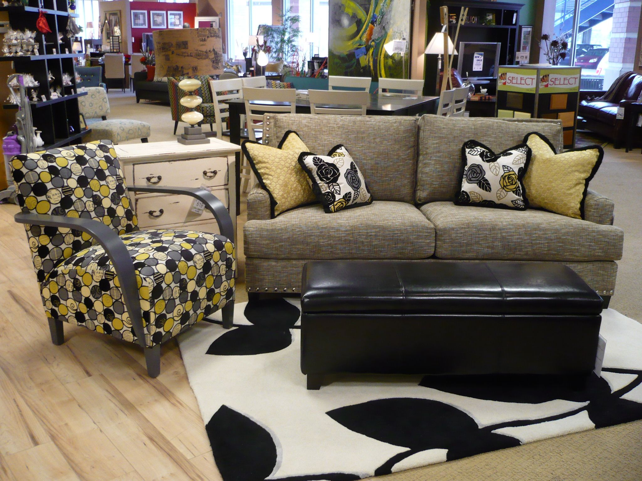 The Linkin Sofa and the Basie Chair comes together through matching colors instead of patterns.
