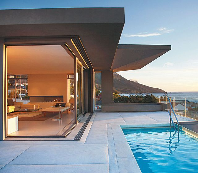 Baies vitrées pour maison contemporaine Extensions, Salons and Villas