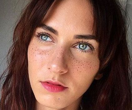 ecb3ca2a5 Make your complexion more alluring by applying some freckles to it using this  semi-permanent cosmetic kit. Unlike creating freckles with a cosmetic  pencil, ...