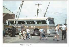 Resultado de imagem para rail bus