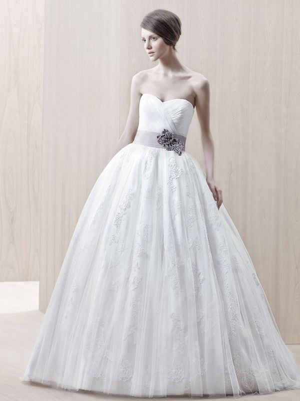 Sweetheart Surplice Tulle Ball Gown Wedding Dresses with Floral Sash