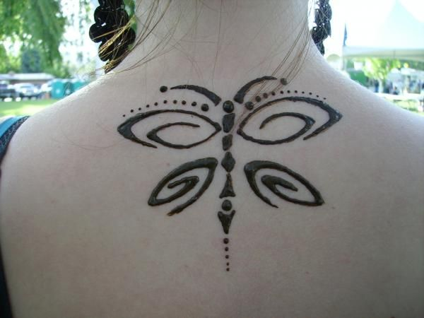 Mehndi Henna Butterfly : Butterfly on back oh for the love of henna hennas