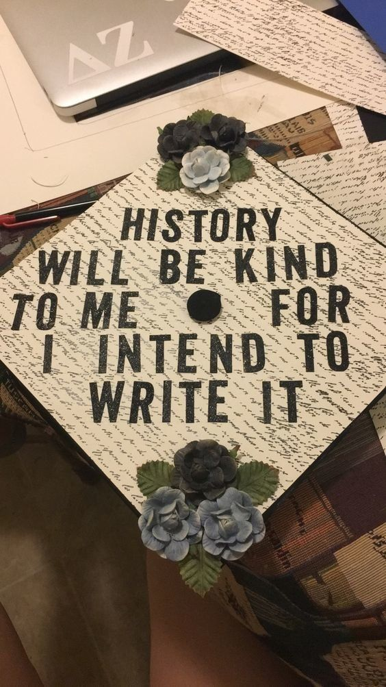 13 Graduation Cap Ideas For Mass Comm Or Journalism Majors - Education interests