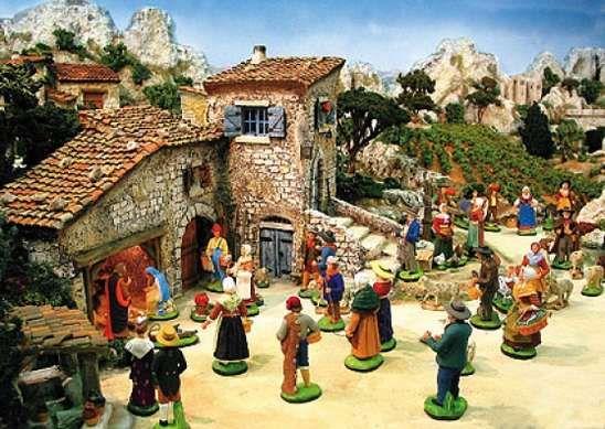 Les petits santons de provence santons de provence for Creche salon de provence