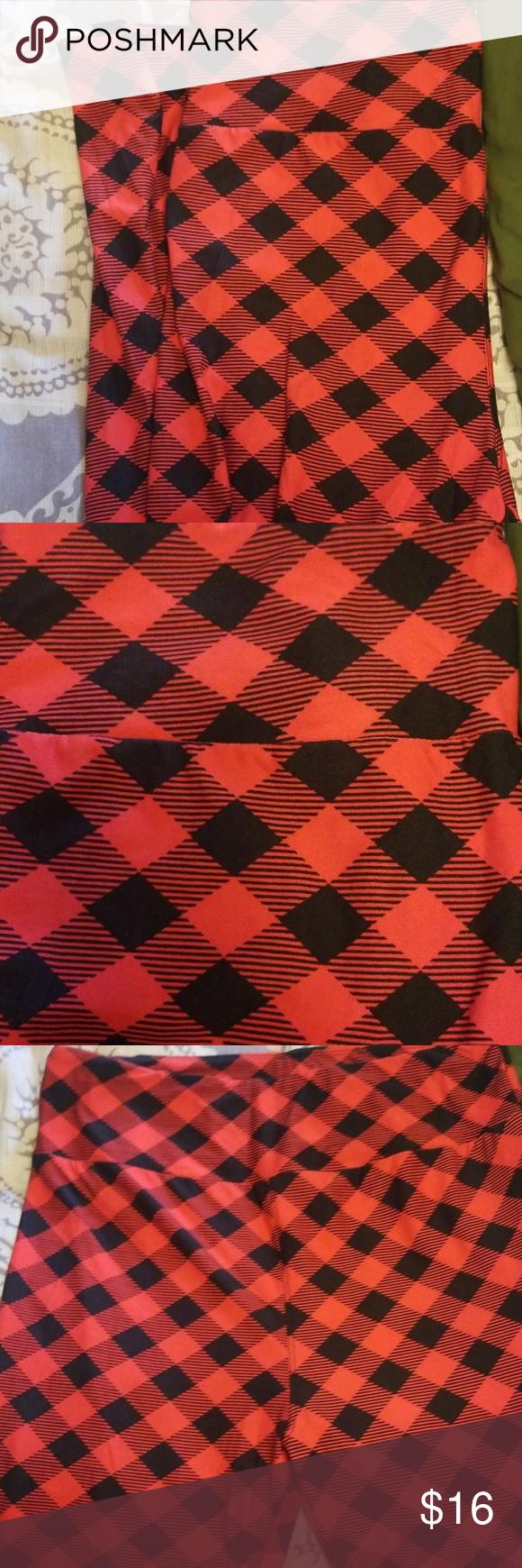 New Lularoe Buffalo Plaid Red/Black TC leggings Tc