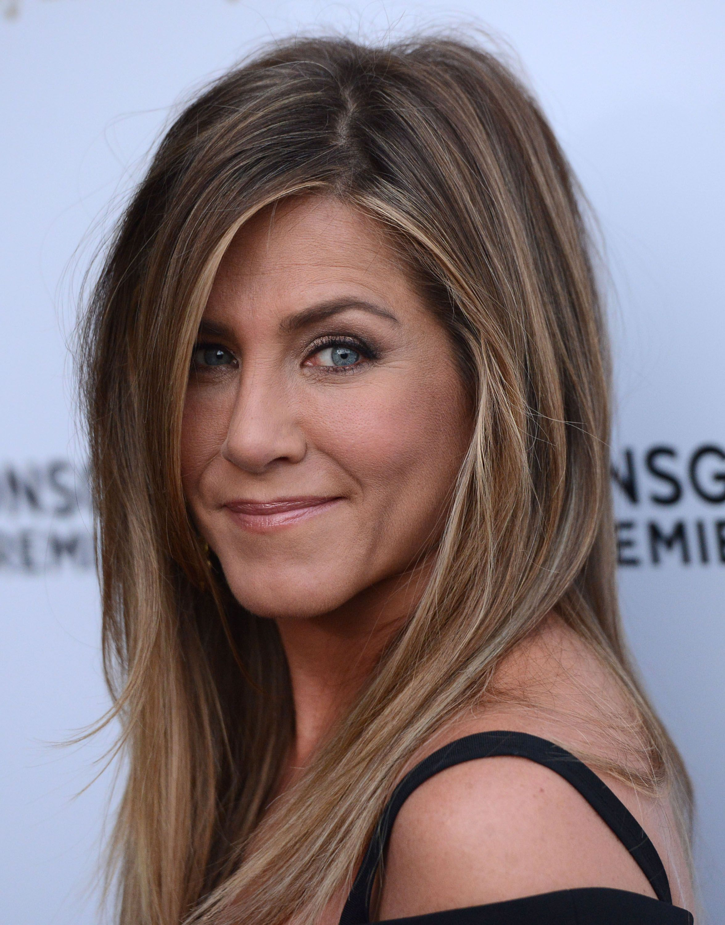Jennifer Aniston arrives at the Los Angeles Premiere She s Funny