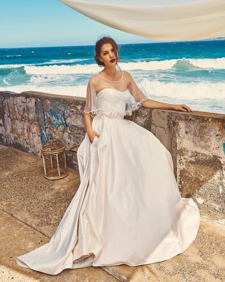 "Elbeth Gillis 2017 Wedding Dress ""Milk and Honey"" Bridal seperates collection : Chloe+Marina+Scarlet | itakeyou.co.uk #bridedress #weddingdress #weddinggown #weddingdresses #weddinggowns #stapless #bridalseperates"