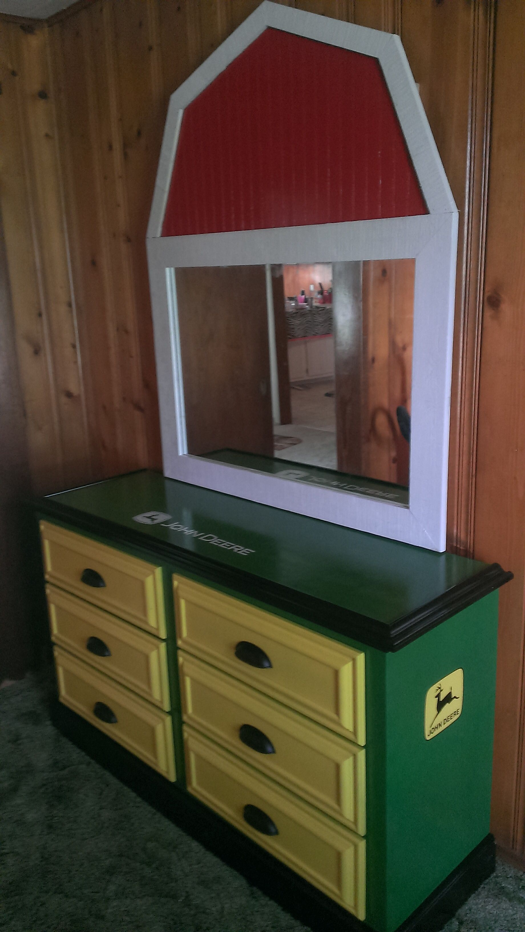 John Deere Boys Bedroom : John deere dresser side view bedroom furniture