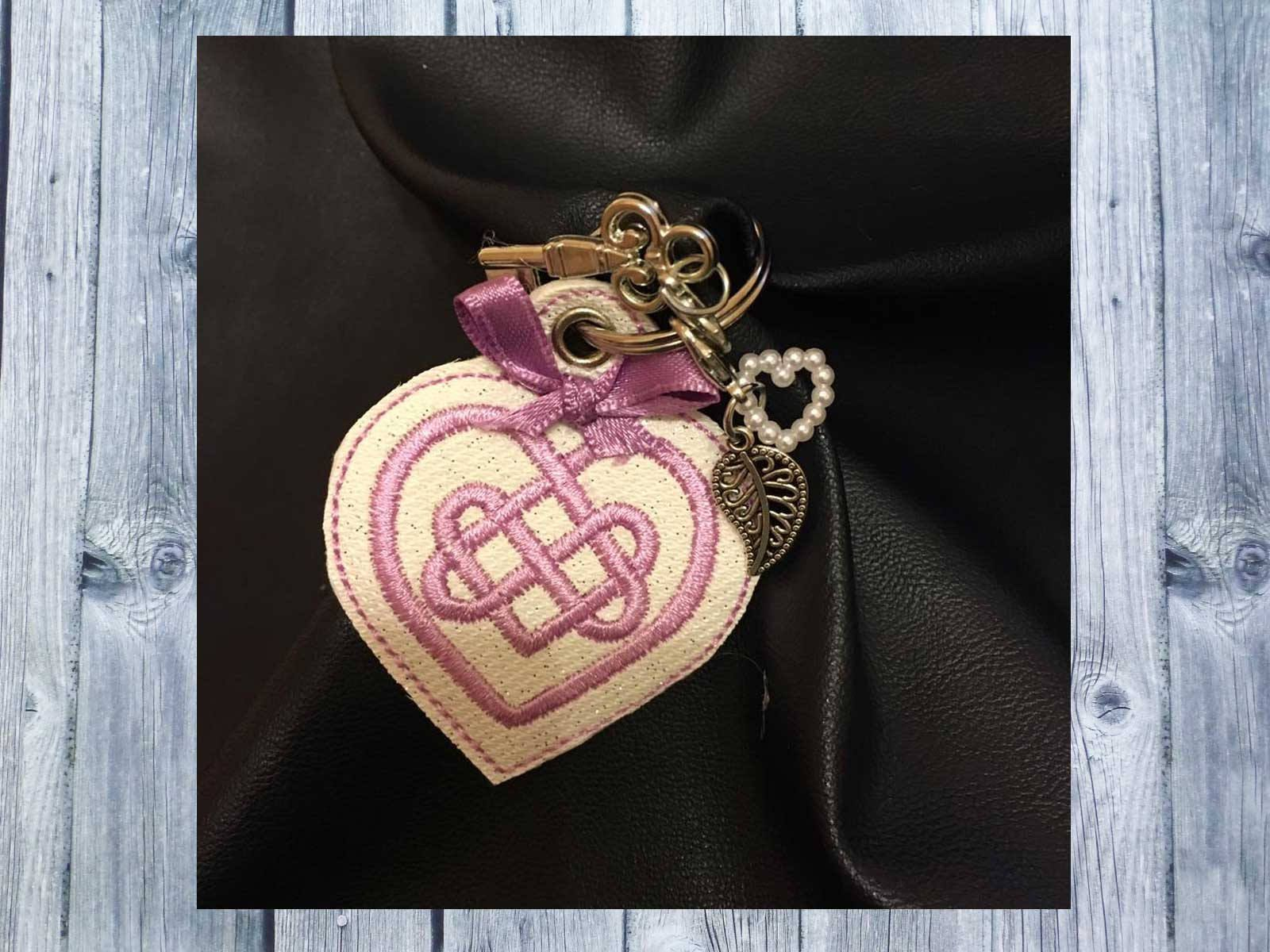 ITH embroidery file, Celtic knot, Celtic heart, key chain, 10 x 10 ...