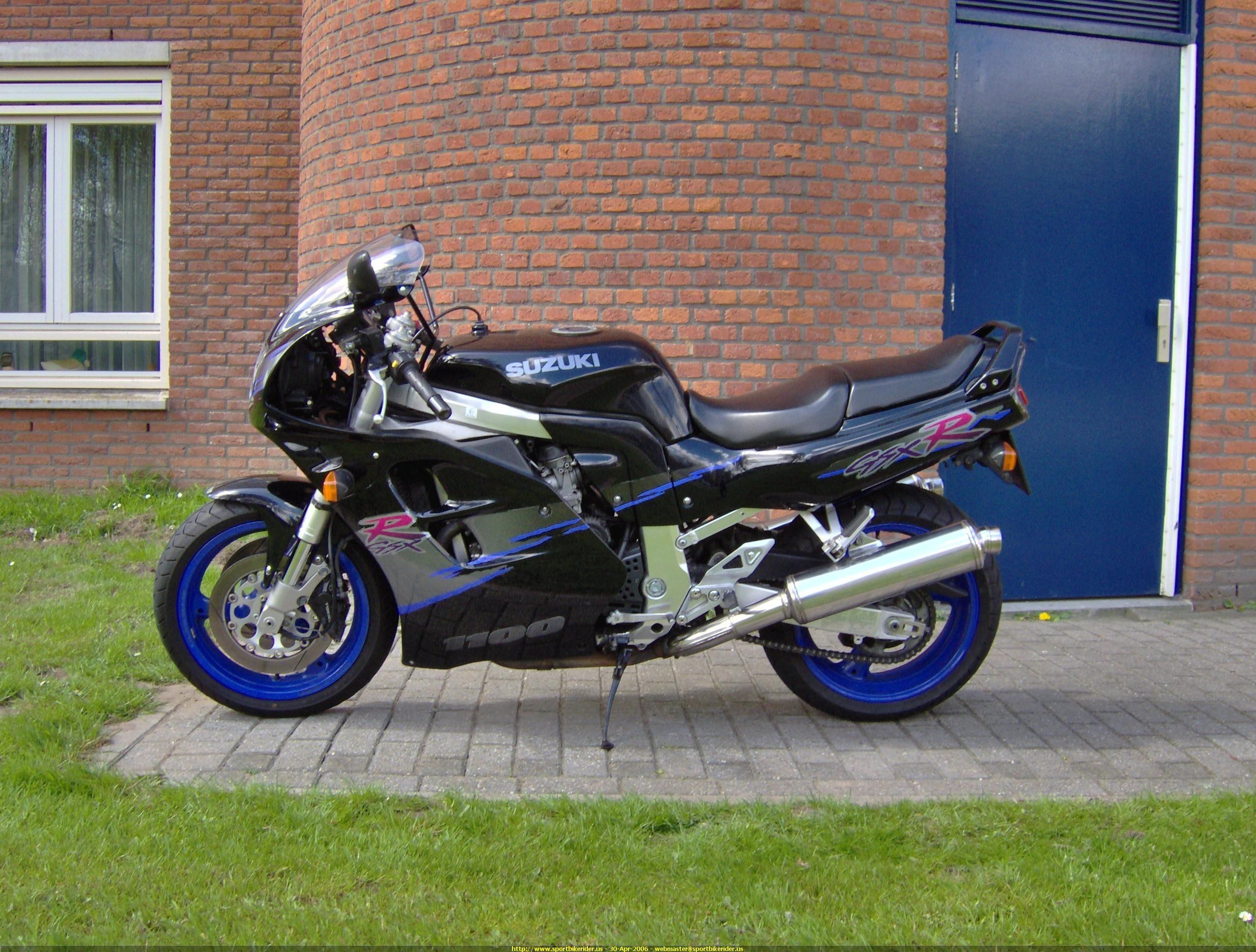 Picture Of A 2005 Ducati 999 Sportbike Id 108972 Sport Bikes Suzuki Gsxr Gsxr 1100