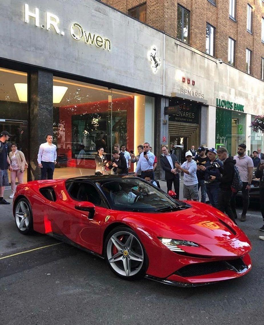 Pin On Ferrari And Lamborghini